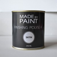 image of madebypaint's finishing polyseal used with chalk furniture paint
